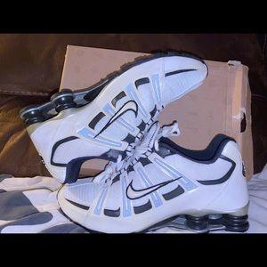 Nike 🔥Shox Turbo Mesh Size 10 Whit Black Silver